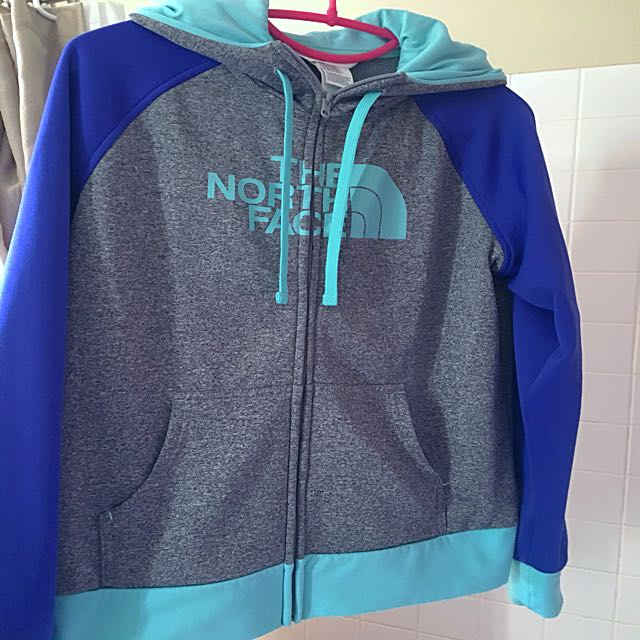 NORTH FACE hoodie. Women's size M. Perfect condition!