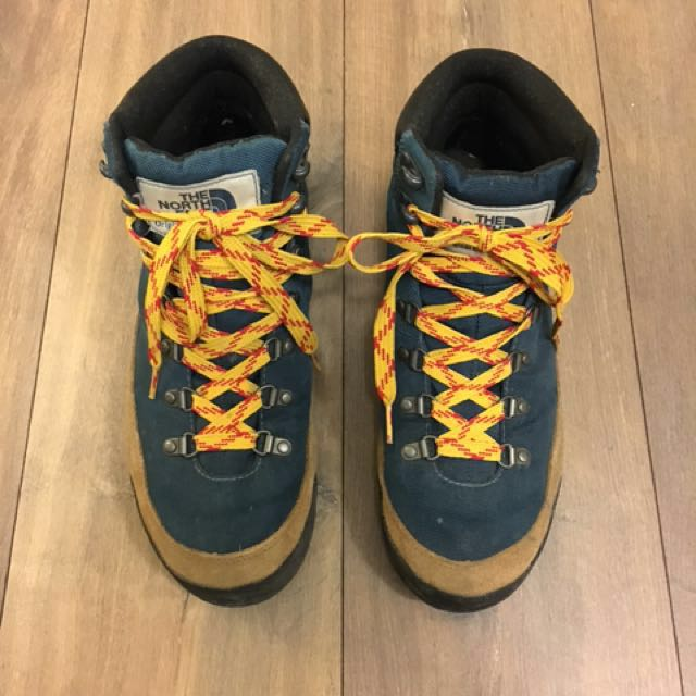 Northface Insulated Hiking boot size 9-9.5