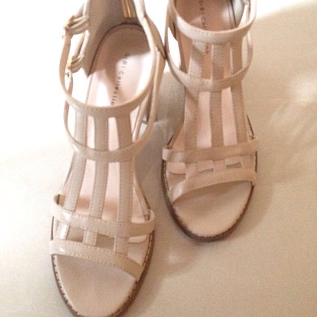 Nude Heels - Gibi Collection