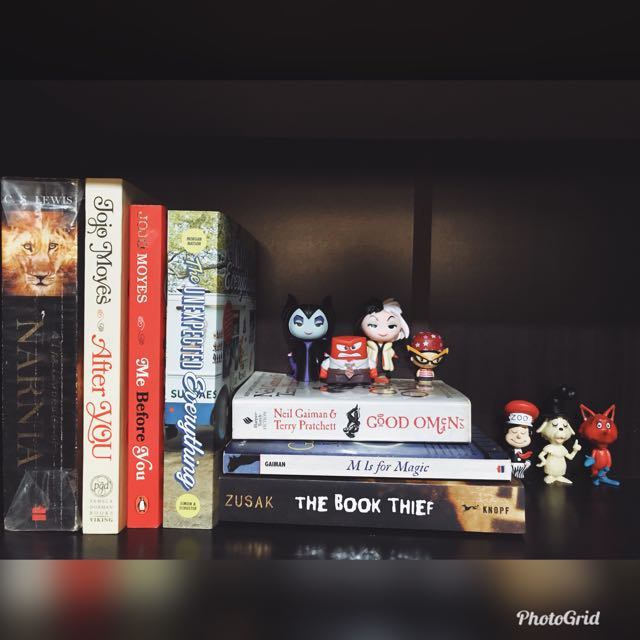 Old and new books, opened mystery minis (swipe for pricelist)