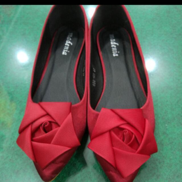 Red Size 37