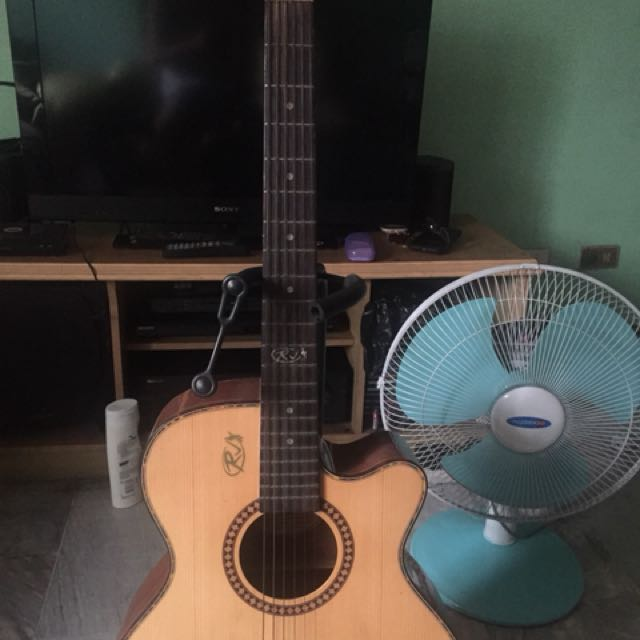 Rj Acoustic Guitar Music Media Music Instruments On Carousell