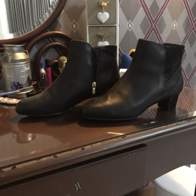 Rockport Ladies Boots size 41