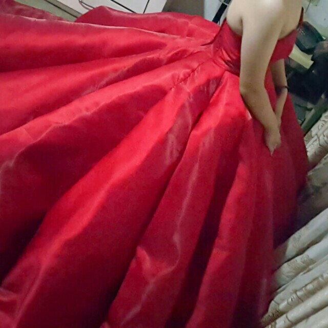 CJ1 - Stunning Red Ball Gown - FOR RENT, Women\'s Fashion, Clothes on ...