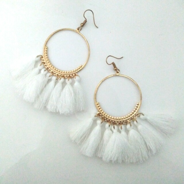 Tassle boho drop earrings