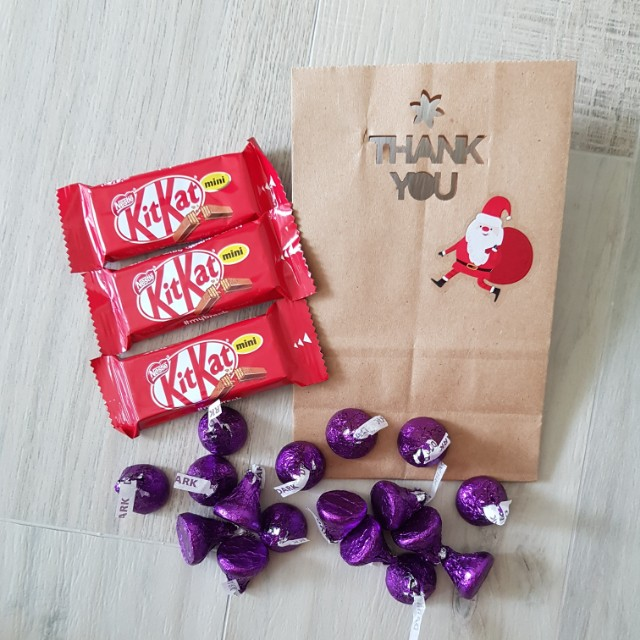 Thank You Christmas Paper Bags with Cute Flake Stickers