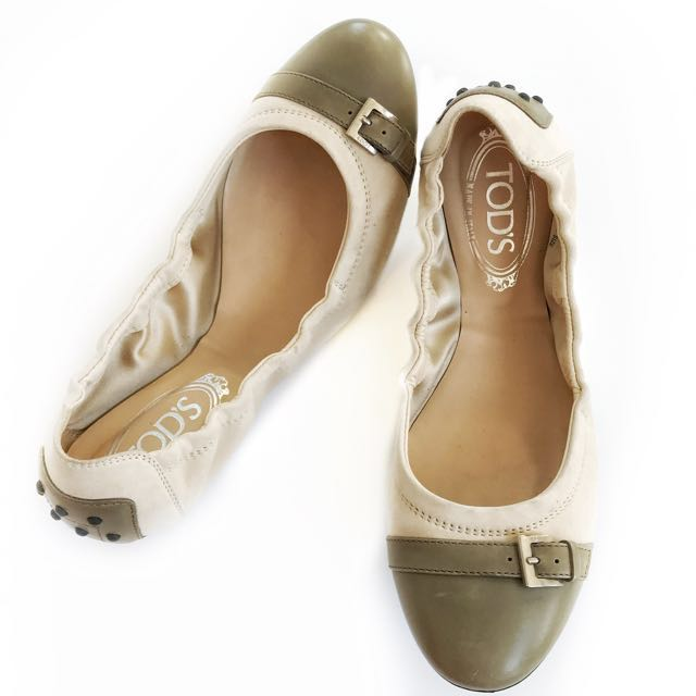 TODS Two Toned Ballet Flats