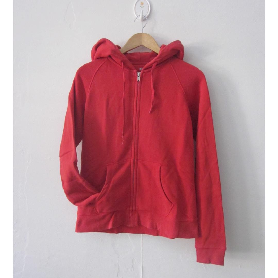 Uniqlo Hoodie Sweater