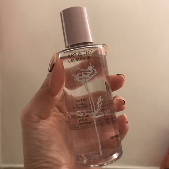 Used Artistry Eye & Lip Makeup Remover, Health & Beauty, Skin, Bath, & Body on Carousell