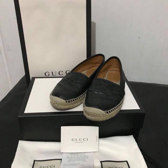 Used twice Authentic Gucci Espadrilles Size 6 bought at Gucci Shangrila Mall comes complete with store receipt