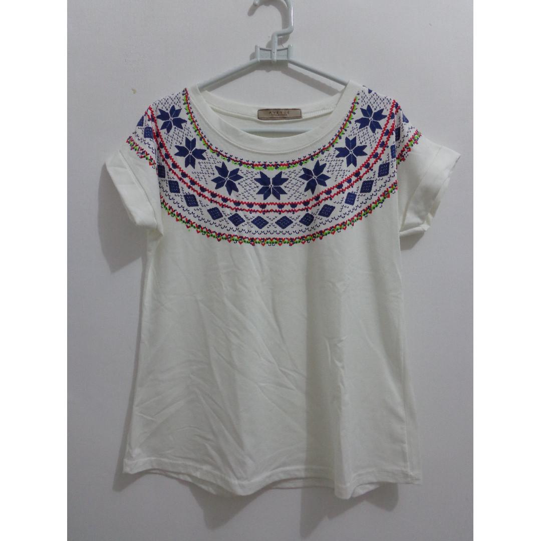Woman T-shirt White Christmas