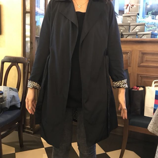 Zara 風衣外套