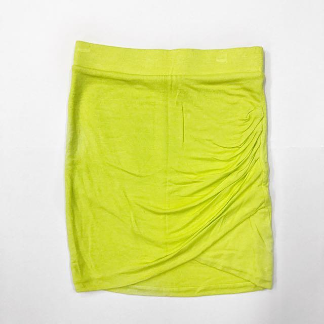 Zara Neon Yellow V front skirt