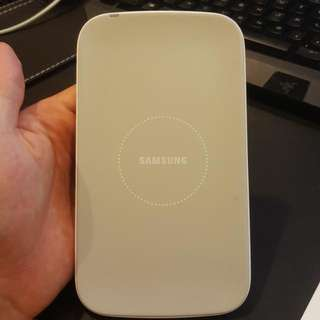 Samsung Wireless Charger (S Charger Pad)