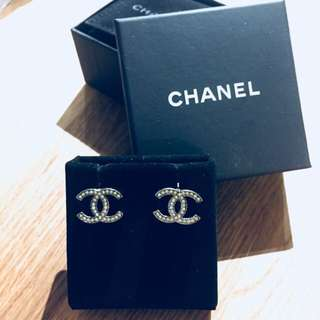 Chanel cc stud earrings 100% authentic