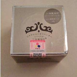 🚚 [氫離子] 全新 盒損 三個魔發匠奶奶灰髮蠟 120g