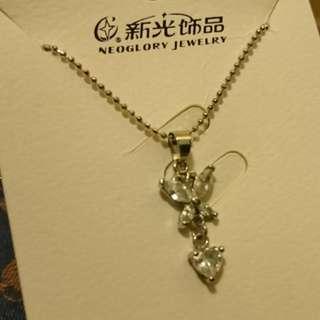 白色水晶蝴蝶心型頸鏈(斯文)