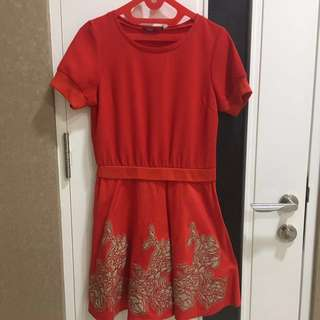 J.Lo dress merah