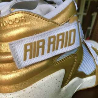 Nike Air Raid (gold/white/speckled sole)