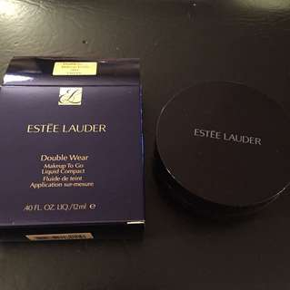 Estée Lauder Double Wear Liquid Compact