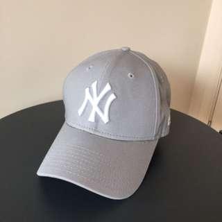New Era 9Forty New York Yankees Cap (Grey)