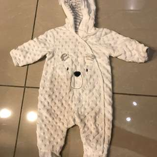 Early age bear suit for newborn