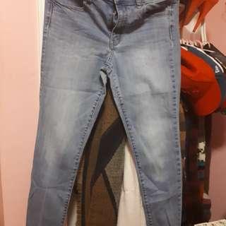 AE pants s.8