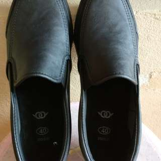 NEW Mens office black leather shoe rubber soles US 6 7