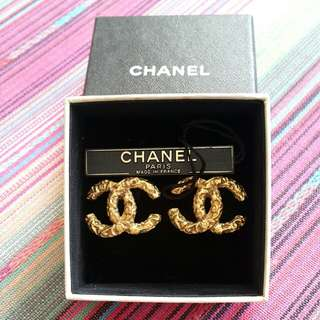 Chanel vintage  90's earrings