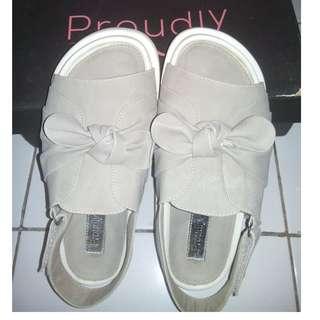 proudly shoes ori