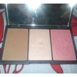 Sleek Face Form Contouring & Blush
