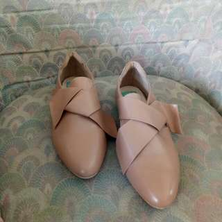 flatshoes DNC