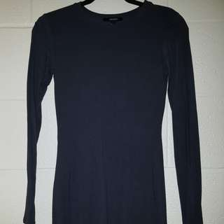 Long sleeve dark grey dress
