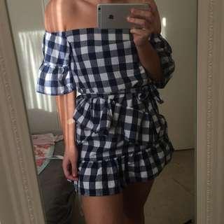 Off the shoulder dress 🌞