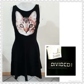 DIVIDED BY H&M KITTY DRESS STRETCHABLE(with my photo when worn)