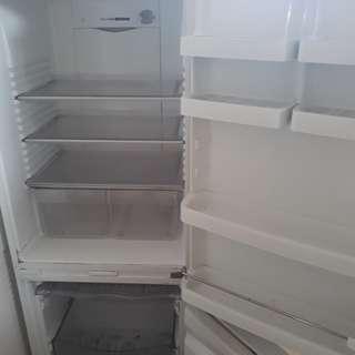 Fridge freezer fisher & paykel