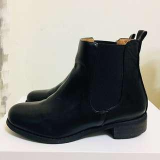 售出✔️正韓 側鬆緊帥氣短靴($350)