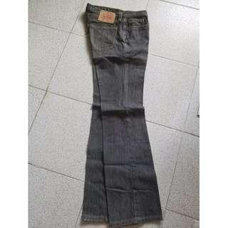 LEVI'S 黑色底腰牛仔褲