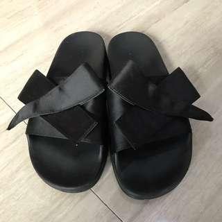 ZARA black slip size 39