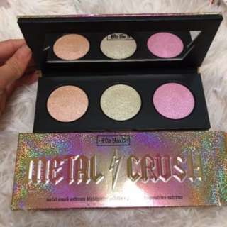 Kat Von D Metal Crush Extreme Highlighter Palette BRAND NEW & AUTHENTIC (NO OFFERS) WHILE STOCKS LAST