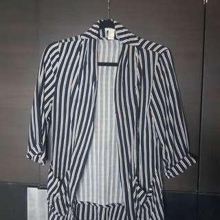 Striped dark blue and white pullover