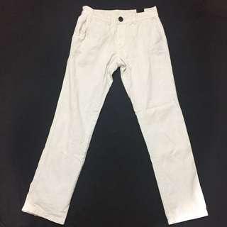 White pant size 29