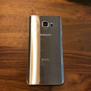 Samsung galaxy note5 金色 九成新 無摔傷 僅使用痕跡