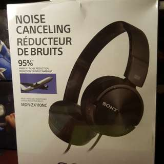 Sony Noise Canceling headphone (MDR-ZX110NC)