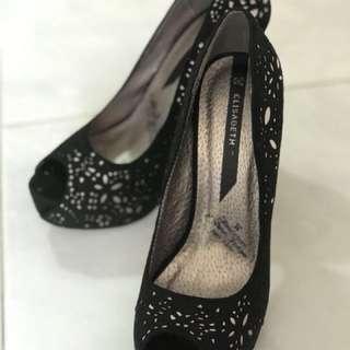 高貴黑色通花魚嘴高爭鞋 size39