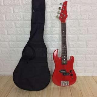 🚚 輕便型紅色電貝斯(travel bass)