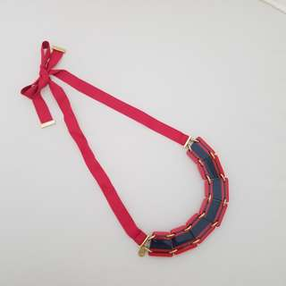 Marc by Marc Jacobs 紅藍吊片布帶頸鏈