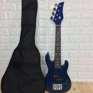 🚚 輕便型藍色電貝斯(travel bass)