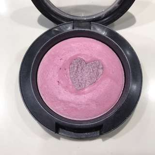 MAC LIMITED Edition Mineralize Blush in Giggly