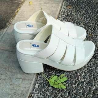 BR Shoes Sandal